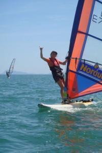 Vanessa Raceboard con SeaSurf Patrol windsurfing escuela